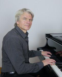 Hansmartin Kleine-Horst Pianist & staatl. gepr. Klavierpädagoge
